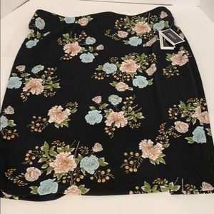 New w/tags Skirt by eci New York Size 2X